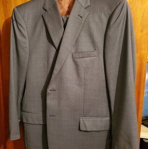46 R suit with pants. Jos A Banks excellent cond.